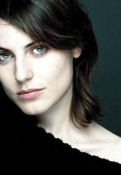 475779-600full_antje_traue_large_s.jpg