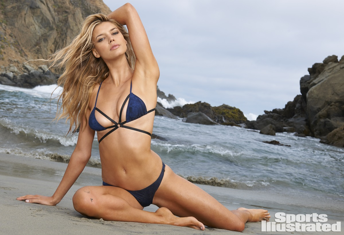 firstkelly-rohrbach-sexy-swimsuit-2015-17.jpg