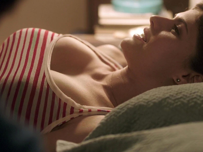 alexandra_daddario_bosomy_hotness_in_upcoming_movie__baked_in_brooklyn__01-f7755804.jpg